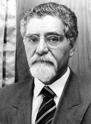 """Prof. Celso Lafer, um dos maiores estudiosos de Bobbio, redigiu o prefácio da edição brasileira de """"O terceiro ausente""""."""