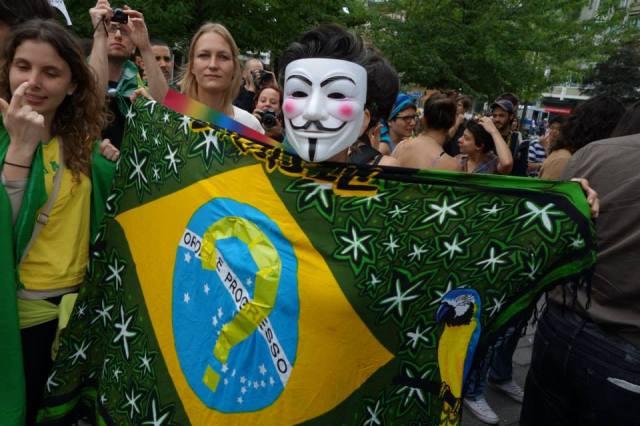 Manifestacão em Berlim, Alemanha - 16.06.2013. Foto: Claudia Jedin