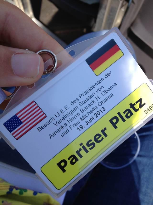 Credencial para acesso à Pariser Platz, local do discurso de Barack Obama, na tarde de hoje, em Berlim - Foto: Ludmila Anders