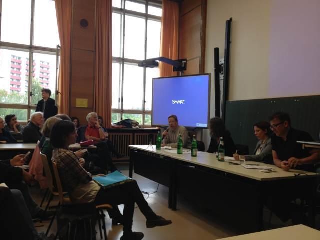 Da esquerda para a direita:  Thomas Fatheuer, Regine Schöneberg, Andrea Ribeiro Hoffmann e Sérgio Costa. - Foto: Ludmila Anders